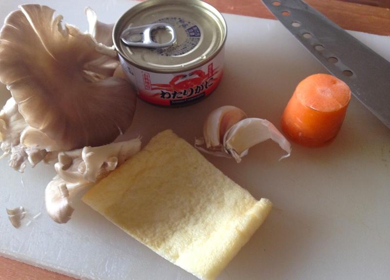 缶詰めで炊き込み御飯