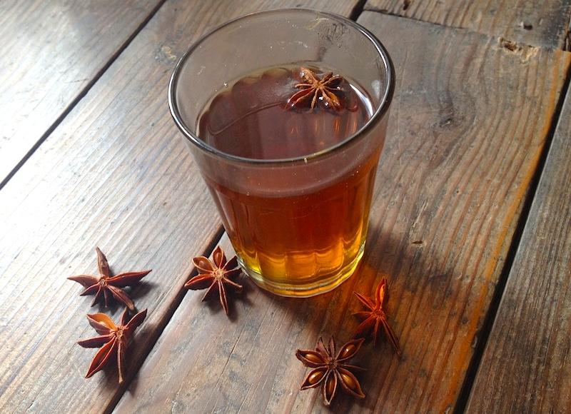 スターアニス紅茶