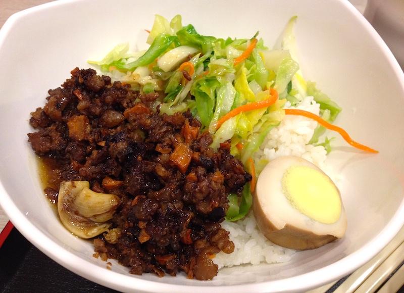 上海の魯肉飯