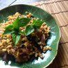 【タイ料理レシピ】タイバジル(ホーラパー)と鶏肉のスパイシー炒め/ガパオライスも!!