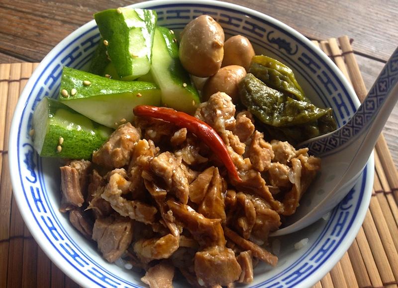 韓国風豚肉の煮物どんぶり