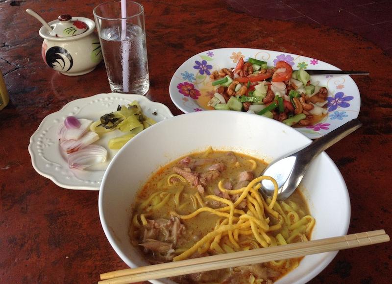 タイで食べたカオソーイ