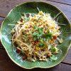【ベトナム風もやし炒め】海老塩(ムオイ オト トム)を使った簡単レシピです