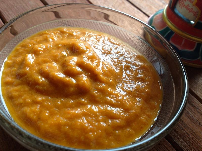 チベット風モモ用チャツネ(辛いソース)レシピ
