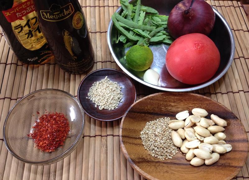 タマリンドの葉サラダの材料