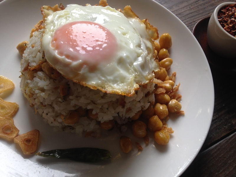 ミャンマー風ひよこ豆チャーハン
