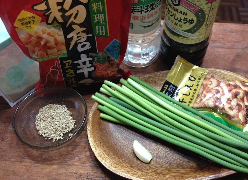 ニンニクの芽炒めの材料