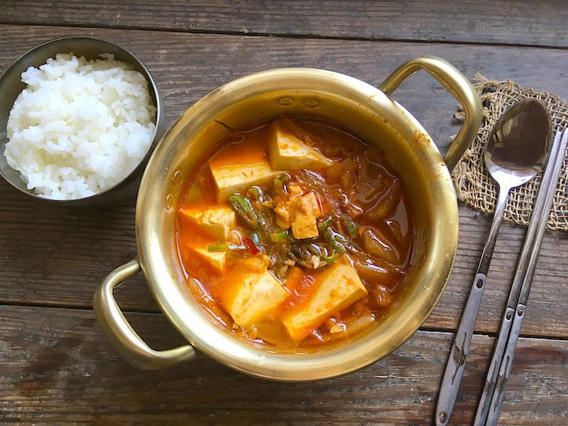 ツナ缶キムチ鍋【チャムチキムチチゲ】レシピ