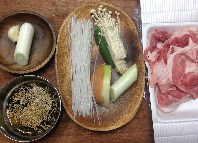 豚プルコギ鍋材料