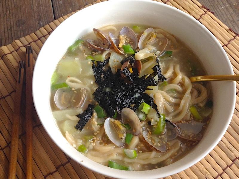 韓国風うどん【カルグクス】のレシピ!麺から作ってみました!