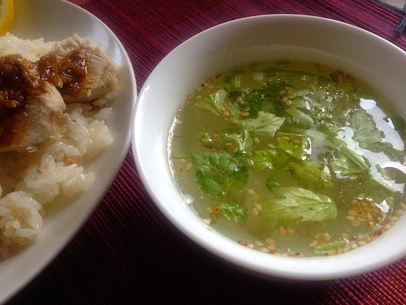 茹で汁でスープ