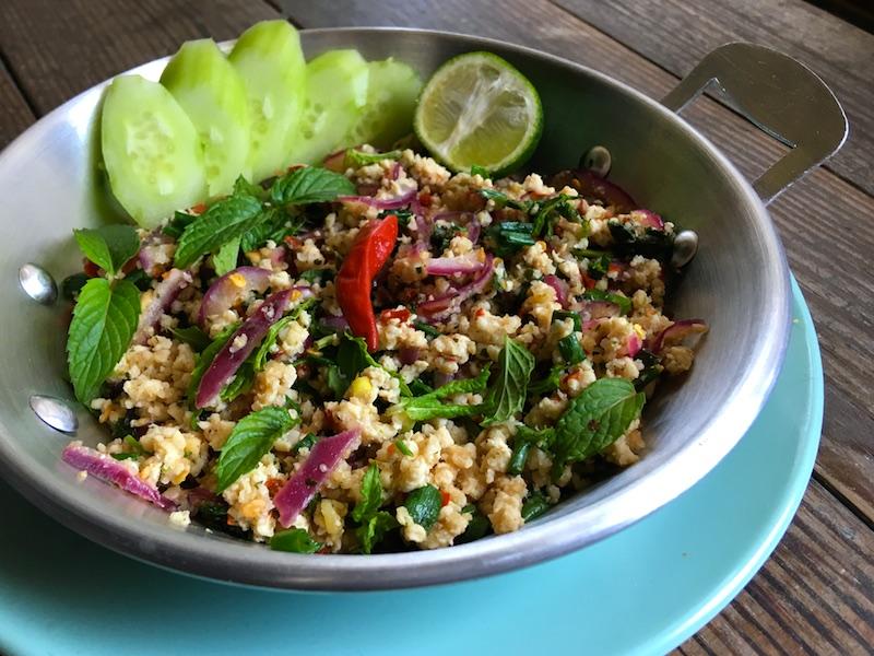 タイ風*鶏ひき肉サラダ【ラープガイ】レシピ