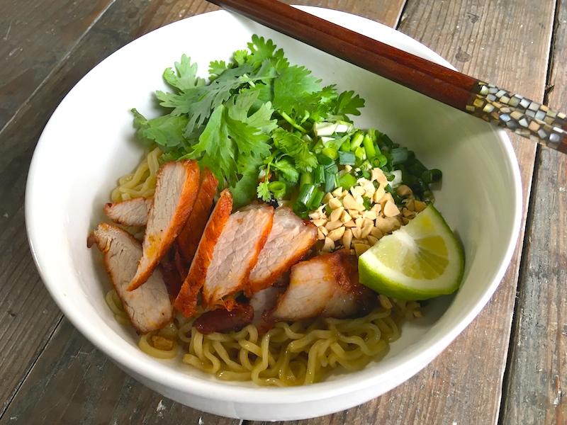【タイ料理】バミーヘーン(油そば)のレシピ