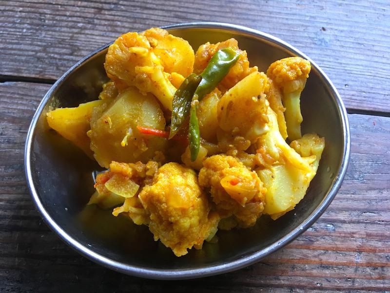 ネパール風ジャガイモ&カリフラワーのカレー【アルーゴビ】レシピ