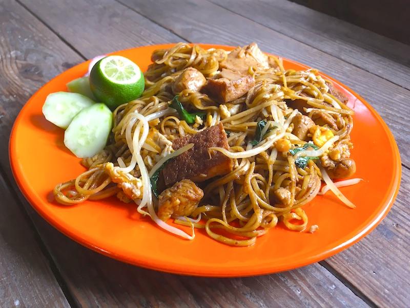 ミーゴレンアヤム(マレーシア風焼きそば)レシピ