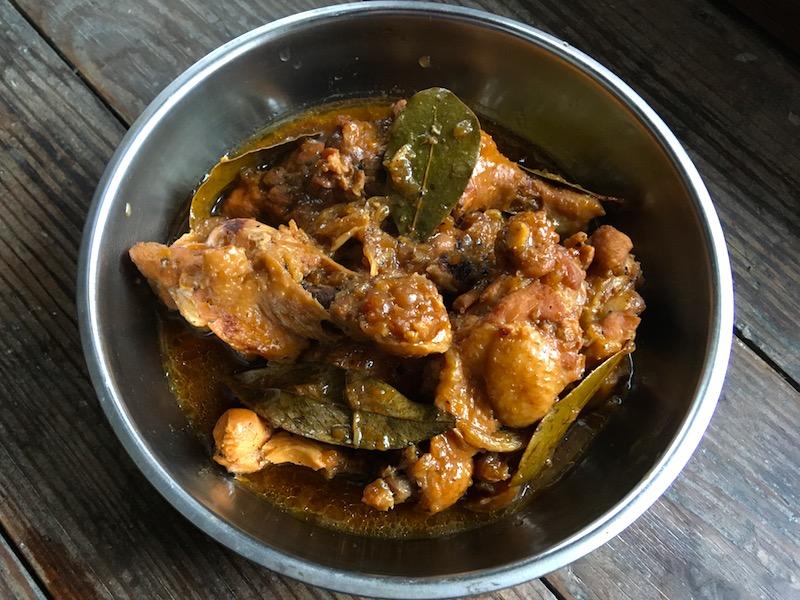 チキンアドボのレシピ