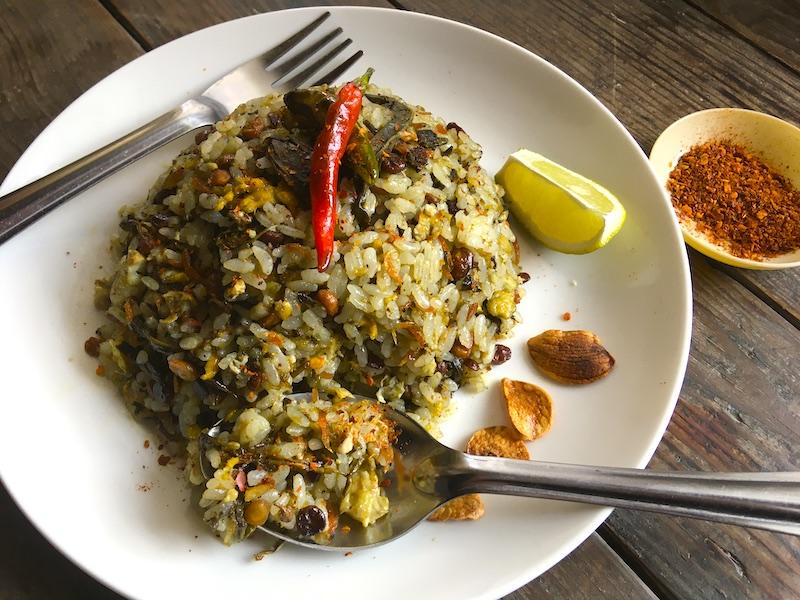 ミャンマー風お茶の葉チャーハン【タミンジョー】のレシピ