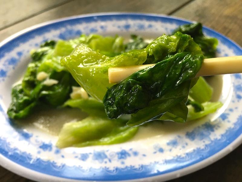 腐乳の簡単レシピ【レタスの腐乳炒め】と【腐乳粥】