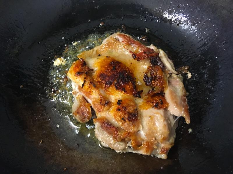 鶏肉を焼く