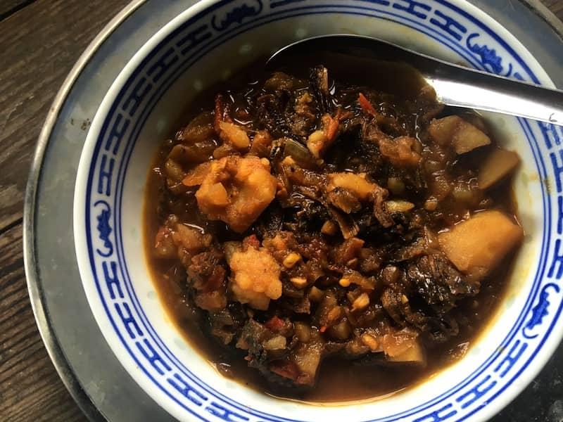 ネパール【謎の乾燥葉】グンドゥルックのスープを作ってみた