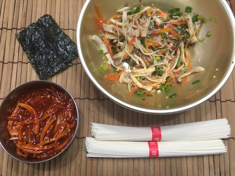 きのこビビン麺の材料