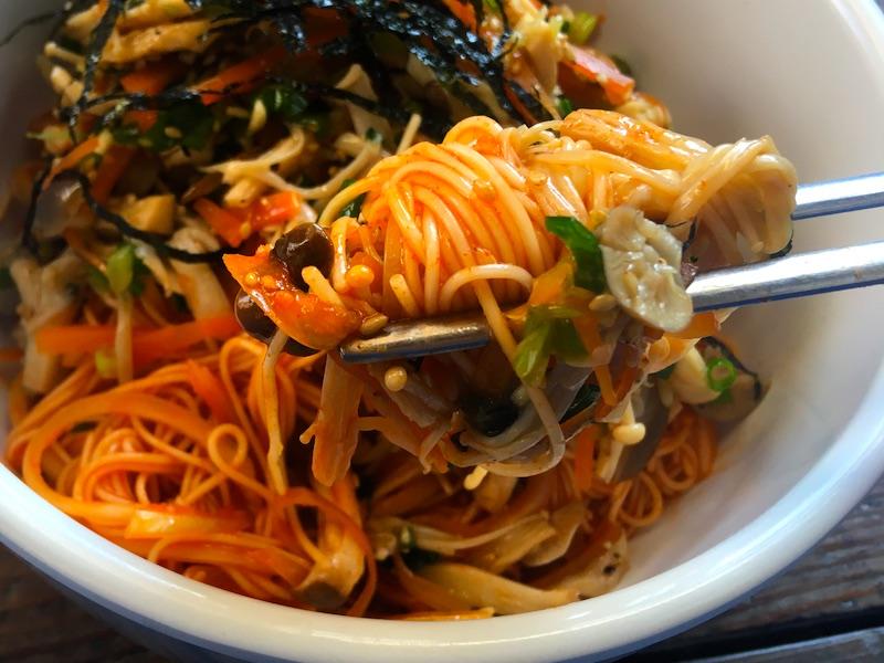 きのこビビン麺ベジタリアンレシピ