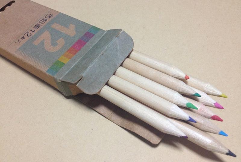 100円ショップの色鉛筆