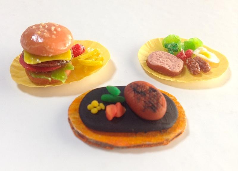 小麦粉粘土でハンバーガーとハンバーグ