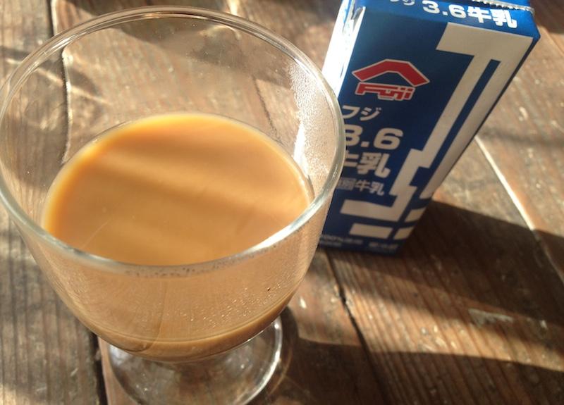 コーヒーに牛乳