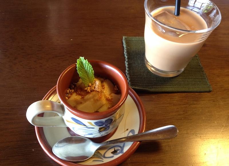 豆腐プリンとアイスチャイ