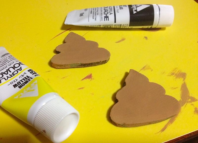 オーブン陶土にアクリル絵の具で色付け