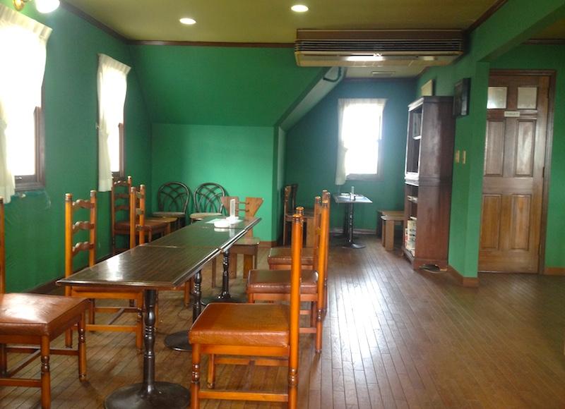 四季コーヒー館の二階
